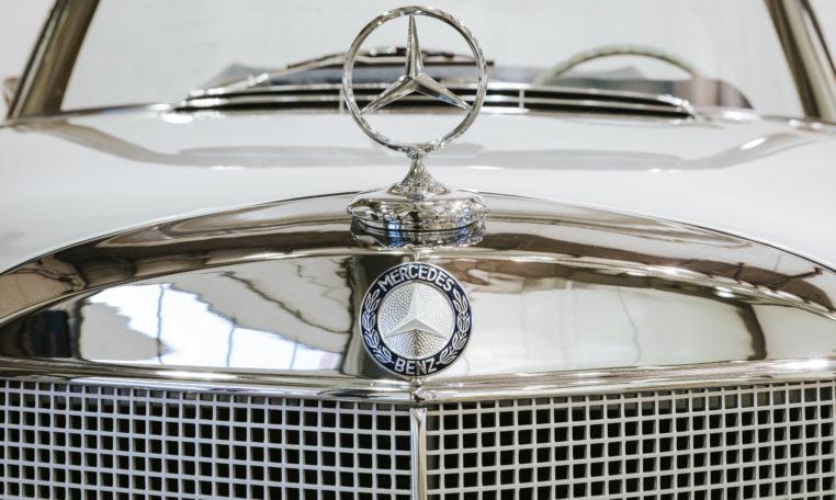 1968-Mercedes-Benz-280se-Cabriolet